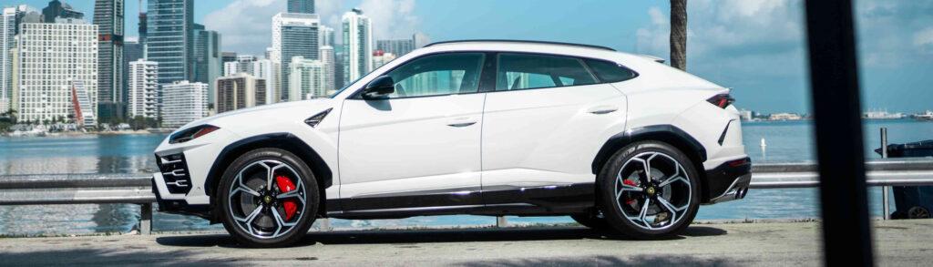 Lamborghini Urus White